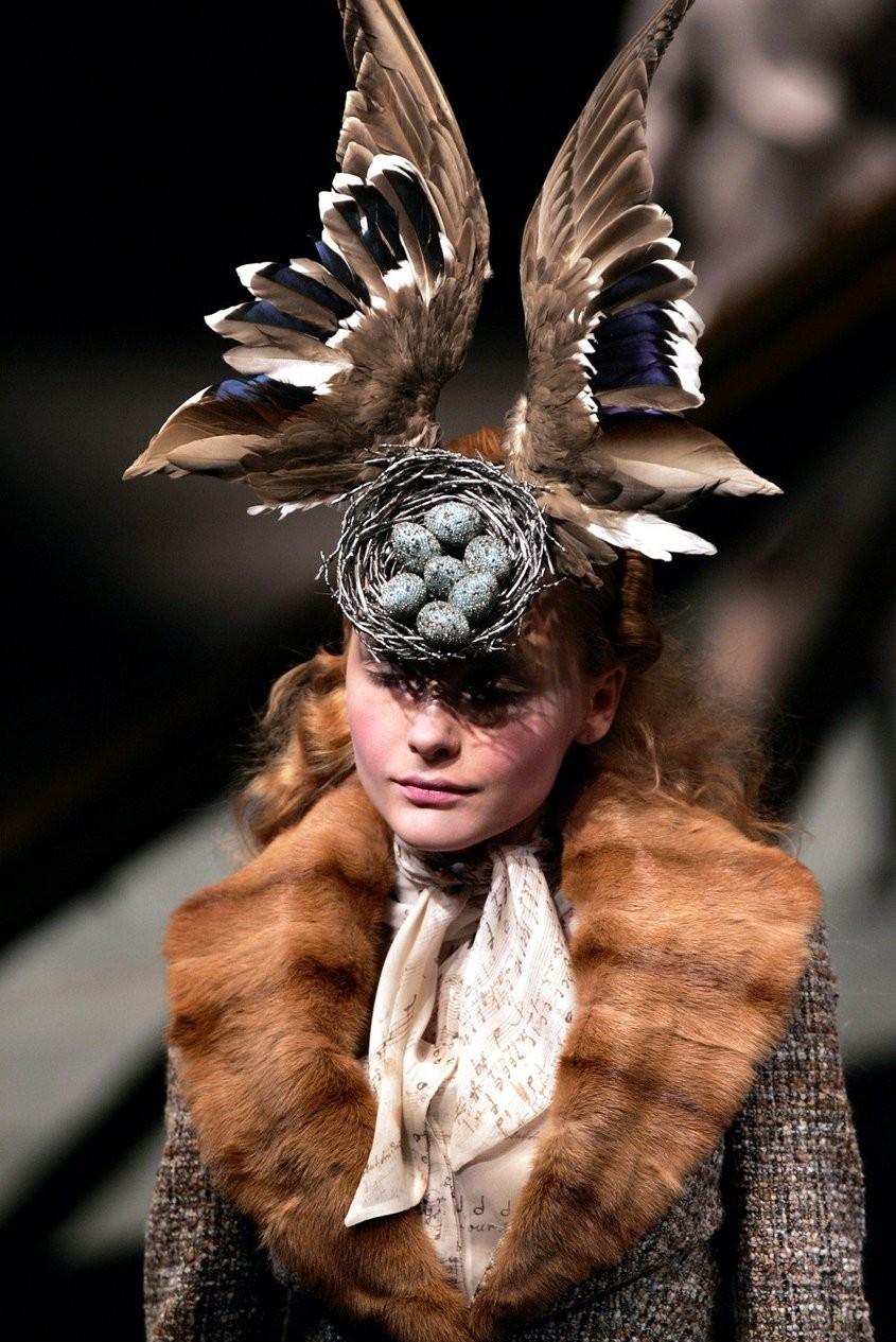 Birds nest hat