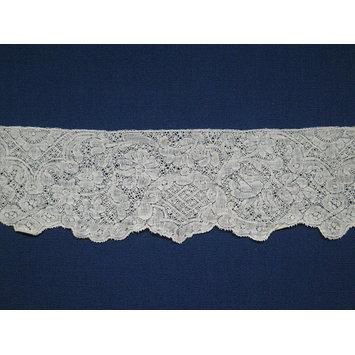 c 1730s bobbin lace