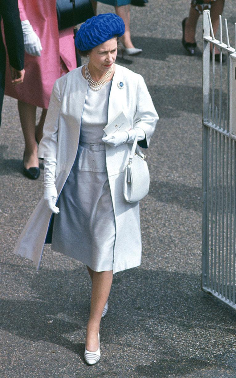 Queen Elizabeth fashion