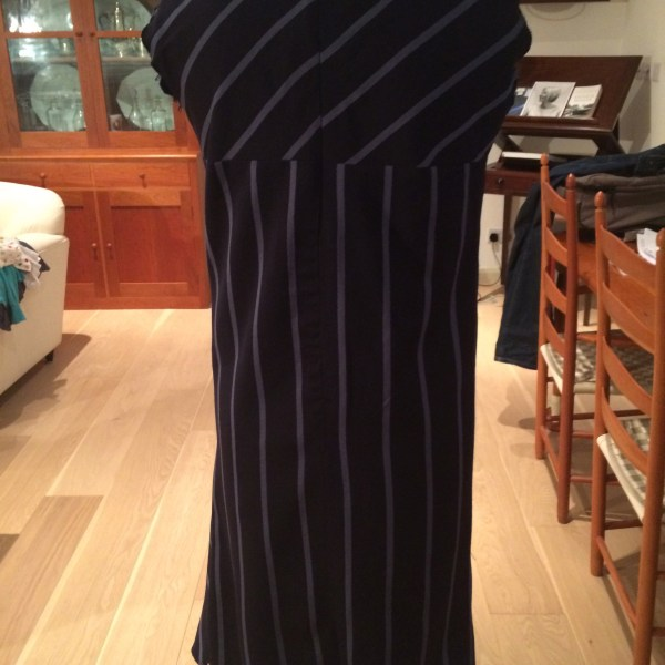 Back view side pleated shift (pinned)