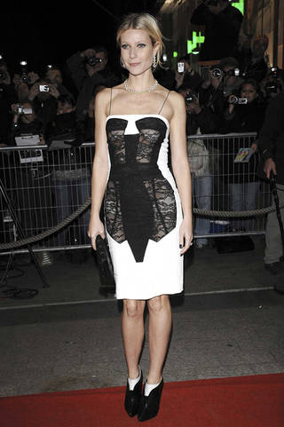 Paltrow's trompe l'oeil corset dress