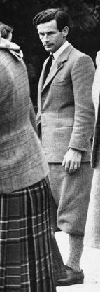 Country suit with Plus fours