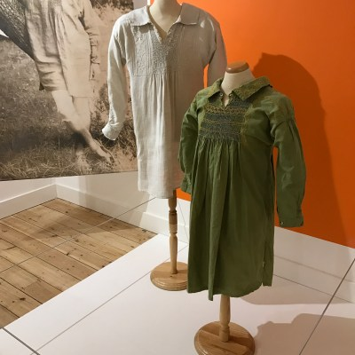 Smocks based on shepherdwear
