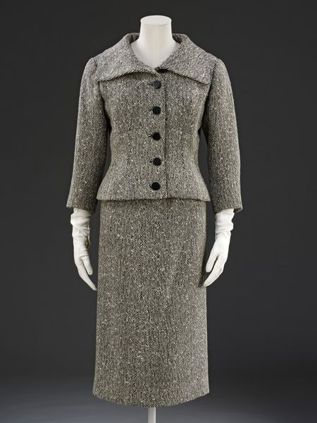 1954 tweed suit lined with silk
