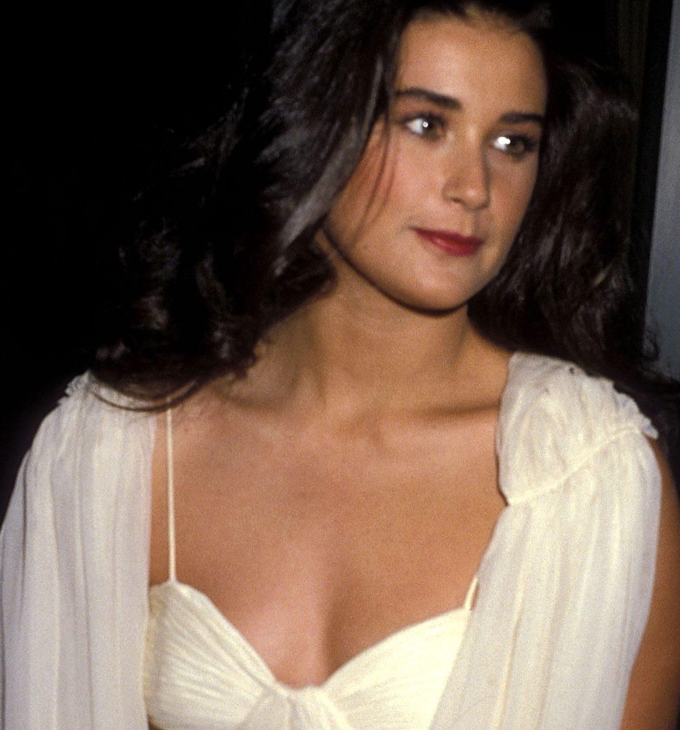 1984 Cream dress