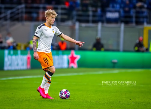 Daniel Wass Valencia CF during the Champions League 2019/20 match between Atalanta BC vs Valencia CF at the San Siro Stadium, Milan, Italy on February 19, 2020 - Photo Fabrizio Carabelli