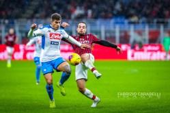 Giovanni Di Lorenzo (SSC Napoli) contrastato da Giacomo Bonaventura (AC Milan) - AC Milan vs SSC Napoli - Serie A 2919/20 - 23/11/2019 Stadio San Siro Milano