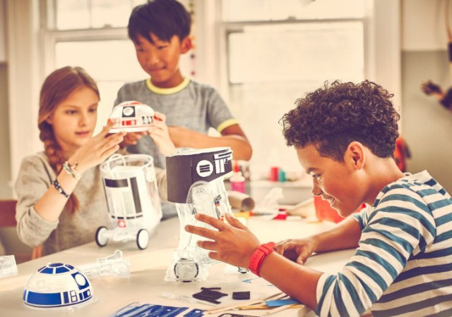 littleBits | Create and customise your own Star Wars Droid, take it on missions and even control it with the Force! 3