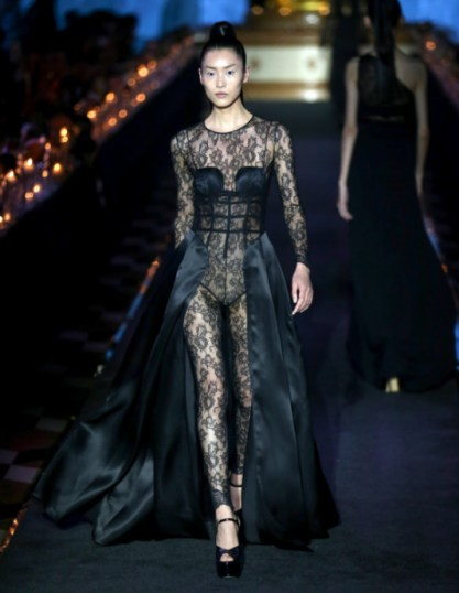 LA PERLA HOST INTERNATIONAL SPRING/SUMMER 2018 DESTINATION FASHION SHOW IN MACAO 3