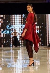 Fasiha S Collection Catwalk At Pakistan Fashion Week London (40)