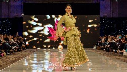 Sonia Mahajan Catwalk Show At Pakistan Fashion Week London 2017 (11)