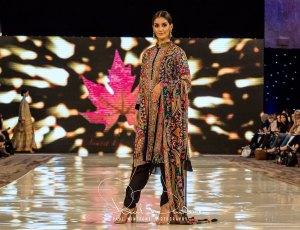 Sonia Mahajan Catwalk Show At Pakistan Fashion Week London 2017 (5)