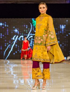 Yatashi Catwalk Show At Pakistan Fashion Week 2017 (21)