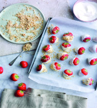 Yogurt Dipped Strawberries With Toasted Hazelnuts