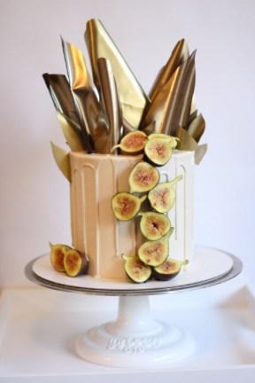 Golden fig cake