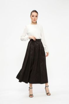 Modanisa ramadan trends 2018 fashion light skirt