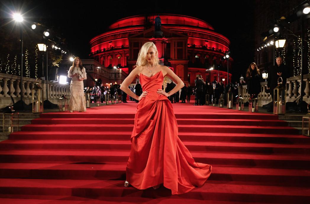 Karlie kloss attends the british fashion awards 2017 in partnership with swarovski (british fashion council)