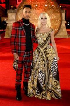 Lewis hamilton and donatella versace attend the britsh fashion awards 2017 in partnership with swarovski (darren gerrish, british fashion council)