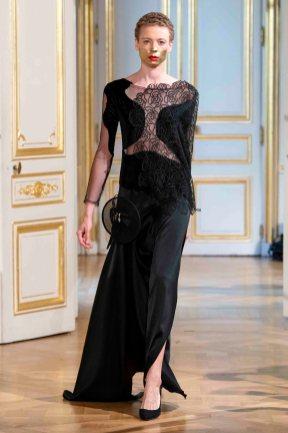 Patuna_Show_During_Haute_Couture_Fashion_Week