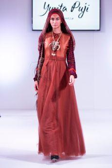Yurita puji fashions finest lfw (5)