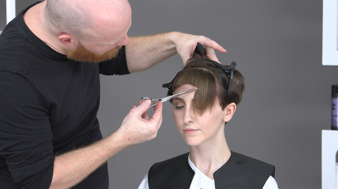 Philipp Haug, TONI&GUY Philipp step 6