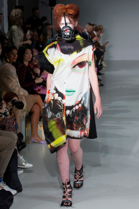 Fashion scout ia london ss20 ones to watch catwalk (2)