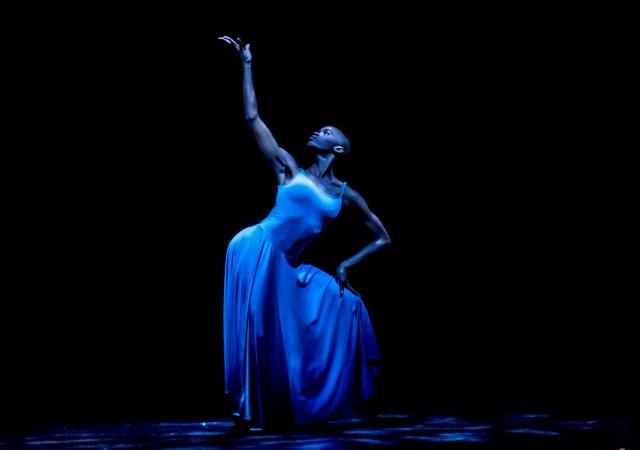 Acosta danza temporada verano foto © buby bode