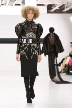 Antonia nae aw20 during london fashion week (3)