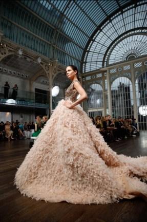 Atelier zuhra x royal opera house london fashion week (7)