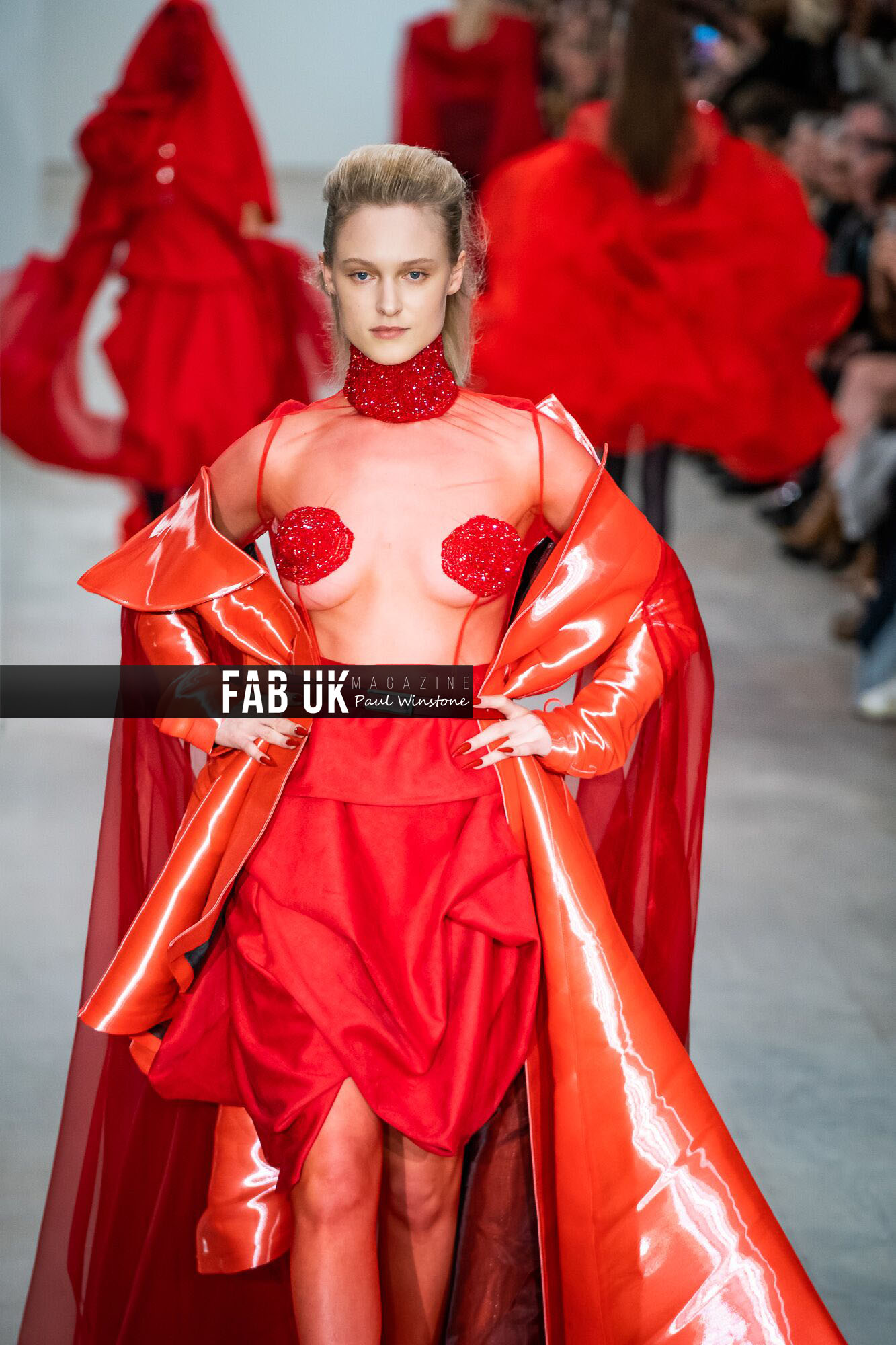 Yang du for onoff presents show during london fashion week (1)