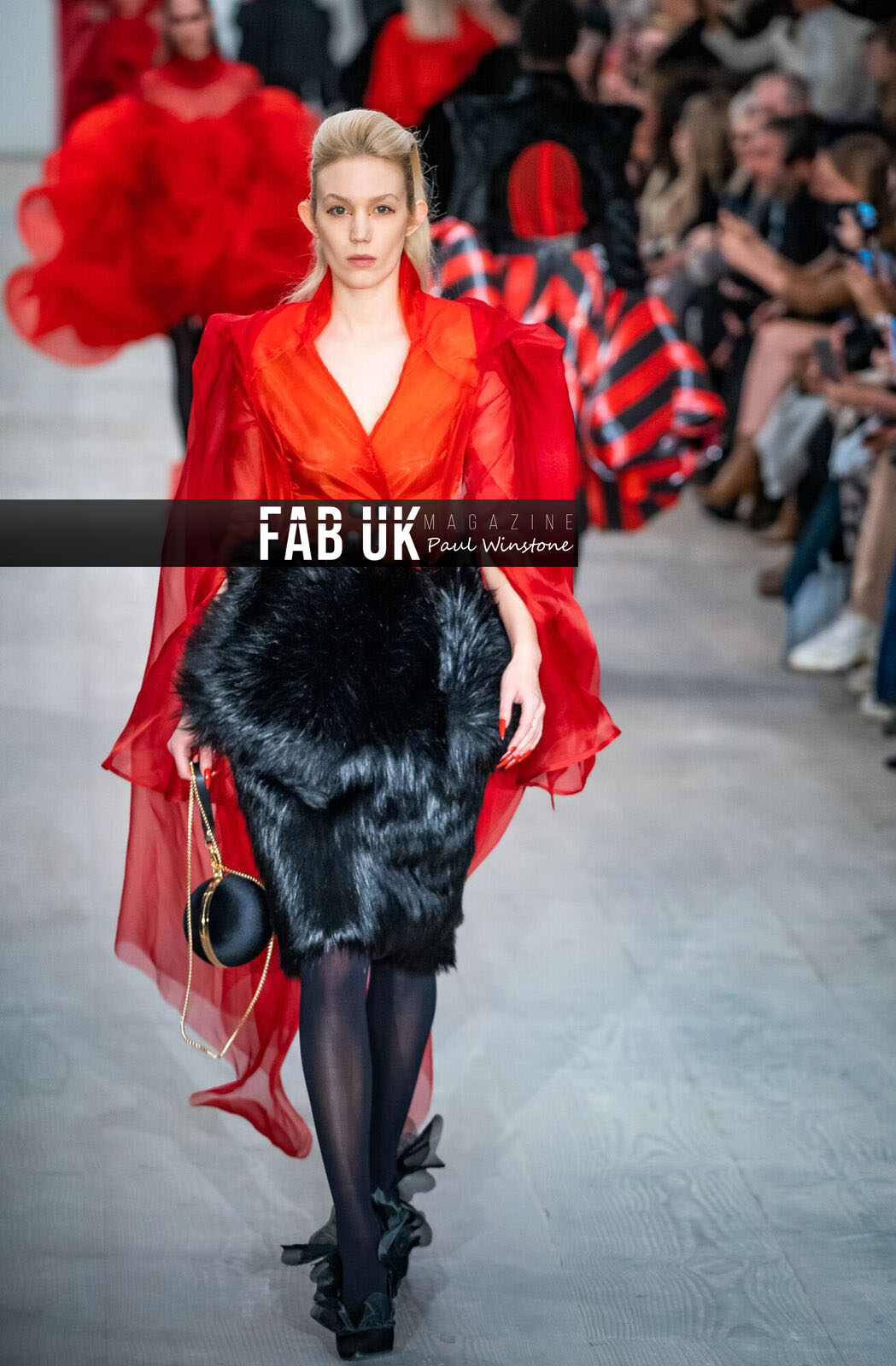 Yang du for onoff presents show during london fashion week (4)
