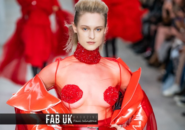 Yang du for onoff presents show during london fashion