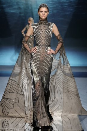 Ziad nakad atlantis at pfw ss20 (12)