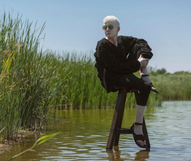 Seda manukyan ss21 virtual show during london fashion week (5)