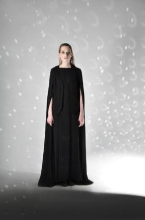 Anna korneenkova aile noire mercedes benz fashion week russia (1)