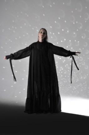 Anna korneenkova aile noire mercedes benz fashion week russia (4)
