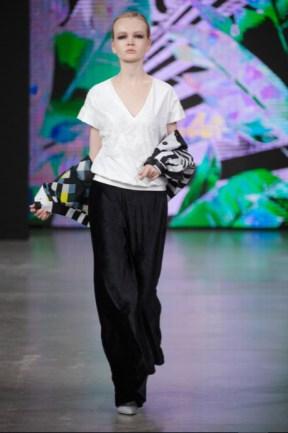 Julia dalakian designed by julia dalakian show at mercedes benz fashion week russia (2)