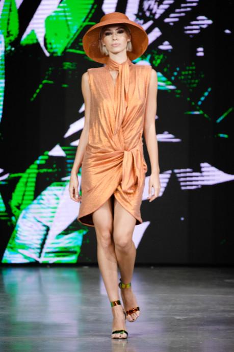 Julia dalakian designed by julia dalakian show at mercedes benz fashion week russia (4)
