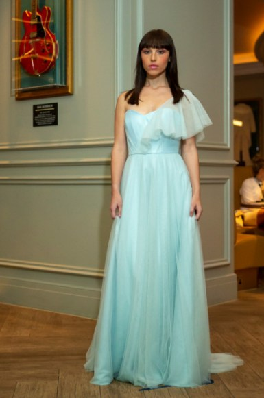 Louise rose couture debuts ss21 collection 'ethereal dreams', during london fashion week (5)