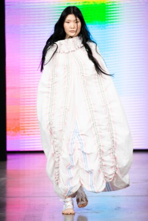 O5o designed by maria savvina show at mercedes benz fashion week russia 2020 (7)
