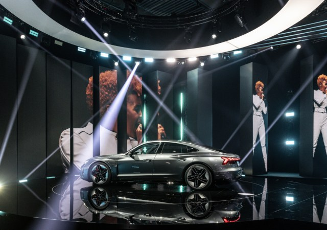 Stars come together to unveil the audi e tron gt (1)