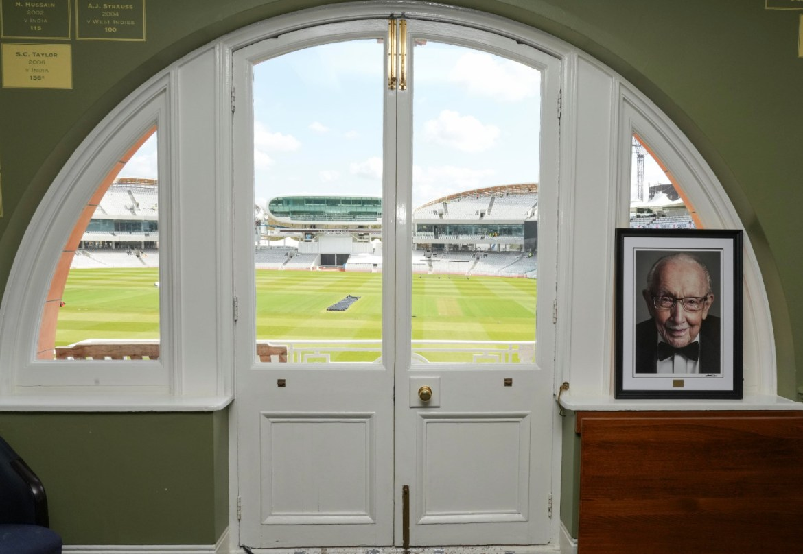 Portrait of captin sir tom in the lord's home dressing room