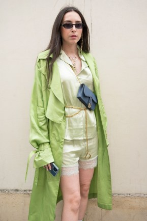 Streetstyle dior autumn winter 2021 2022 haute couture show (6)