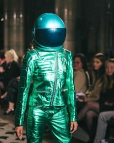 Celebrity fashion designer michael lombard steals the show at paris fashion week (2)