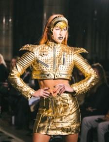 Celebrity fashion designer michael lombard steals the show at paris fashion week (3)