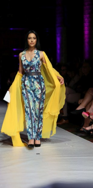 Vz perfection by vaishali during lfw ss22 (7)