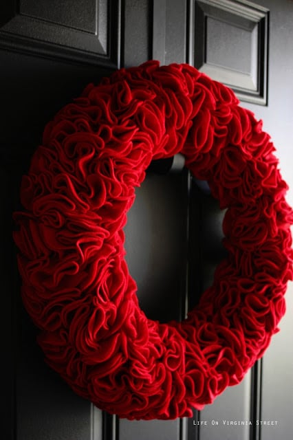 Red ruffle valentine wreath