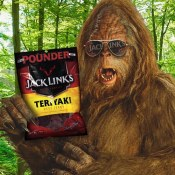 Amazon: Jack Link's Beef Jerky One-Pound Bag $11.44 (Reg. $21.96)