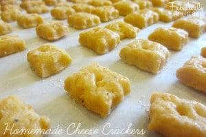 Homemade Cheeze It Crackers