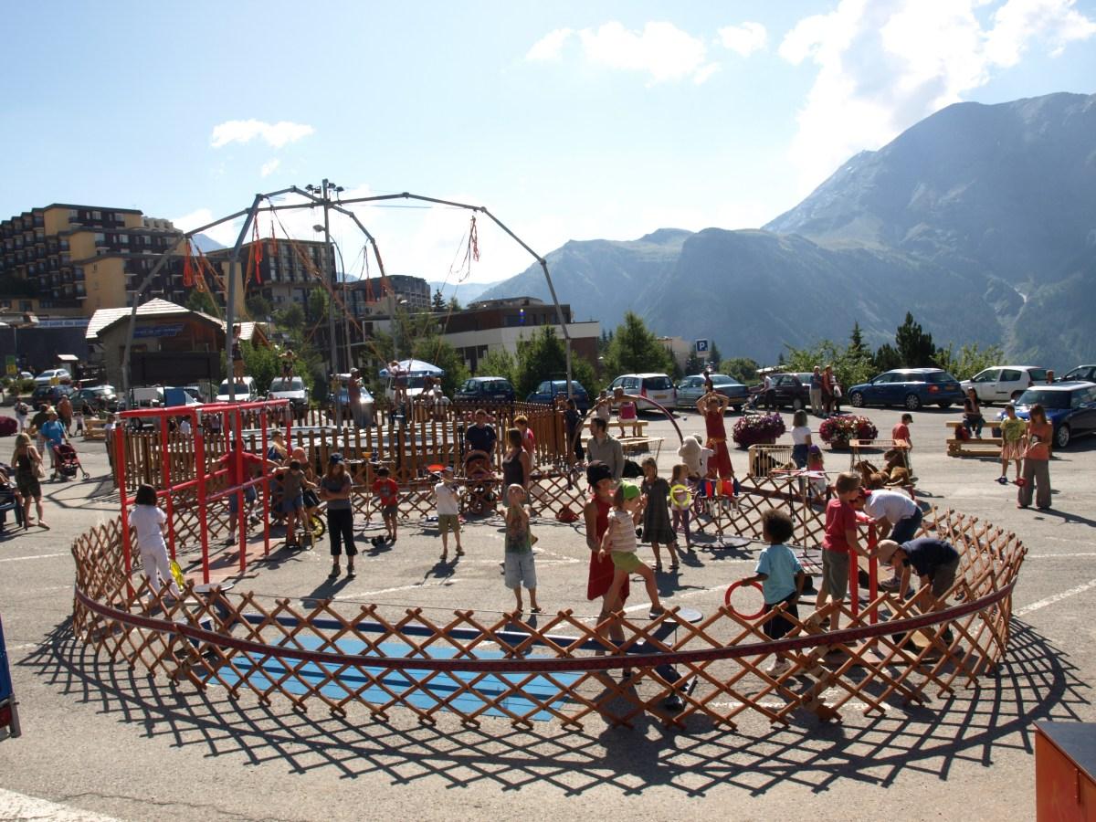 villages village cirque atelier
